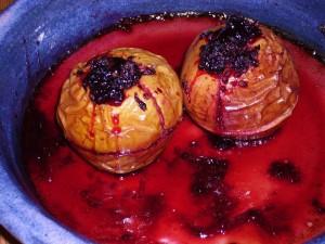 blackberry baked apples